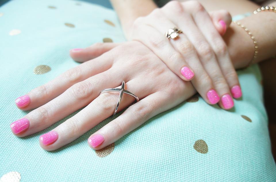 Gel polish pink nails.